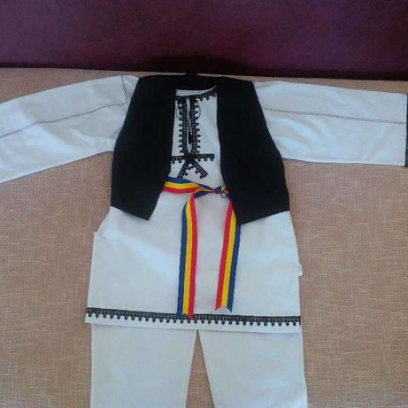 Costum popular baiat 5-6 ani
