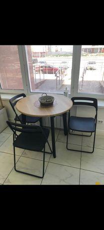 Столик и стулья для кофейни
