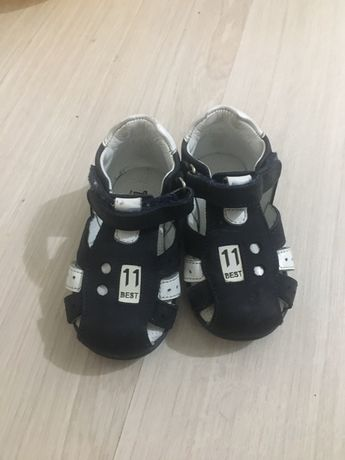 Детские сандалии размер 20