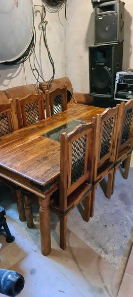 Дървена маса с 6 стола