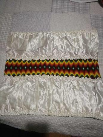 Кенарени кърпи 7 бр., атлазена калъфка с везба, битово каре за маса