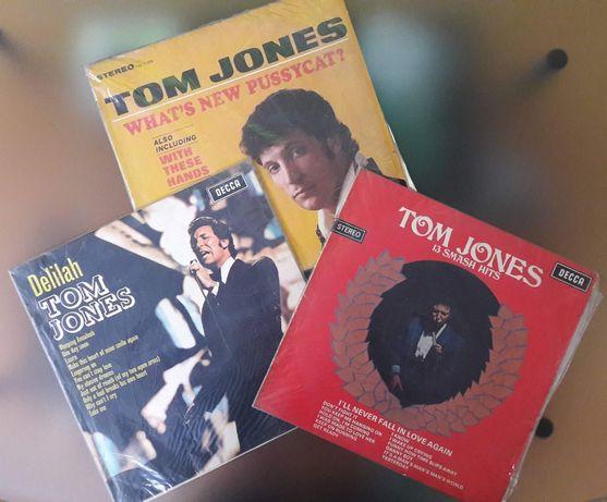 Продавам оригинални грамофонни плочи.
