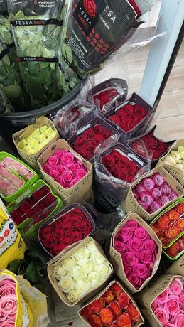 Живые цветы в Атбасаре ! доставка