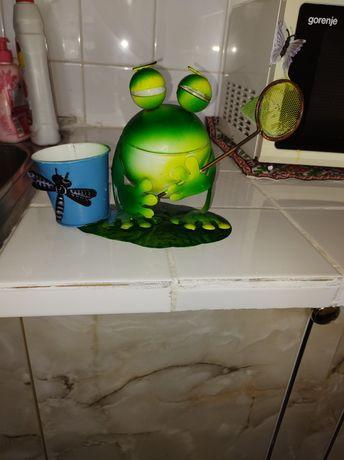 Метални жабчета за декорация на градината и дома