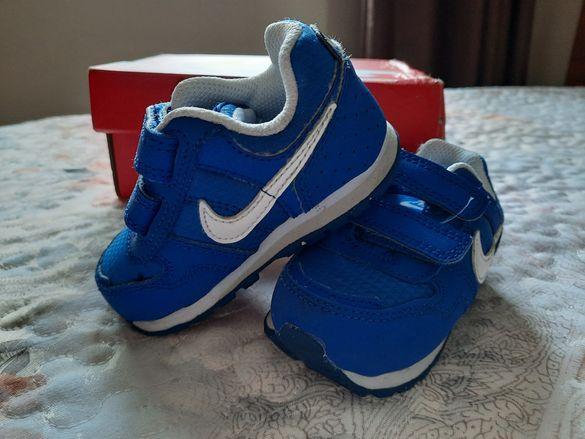 Маратонки Nike 19.5