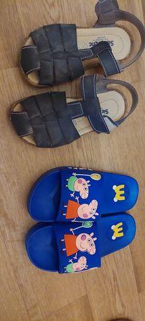 Продам сандалии и шлепки на мальчика