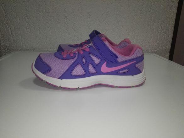 Маратонки Nike Revolution 2