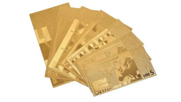 Декоративни позлатени банкноти от Евро