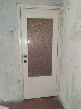 Двери межкомнатные.окна деревянные