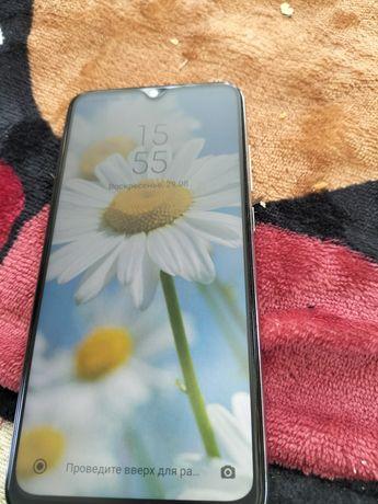 Продаю смартфон REDMI 8