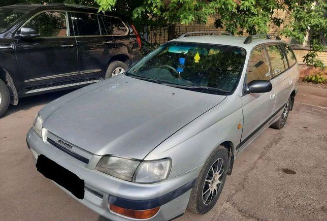 Toyota caldina 1998 года