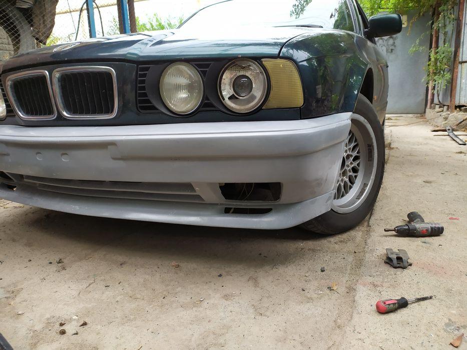 BMW E34 M Technic бампера пороги накладки спойлера реснички бленды Алматы - изображение 1