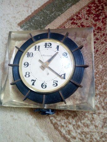 Часы старинные молния антикварият не рабочий можно починить