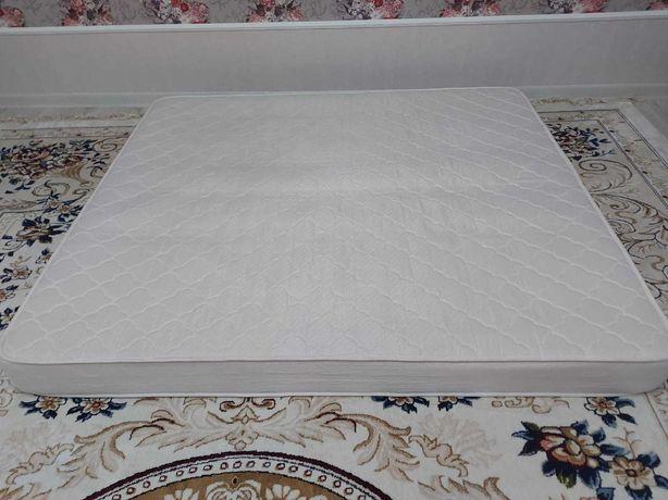 Продам матрас в идеальном состояний, размер 180x200