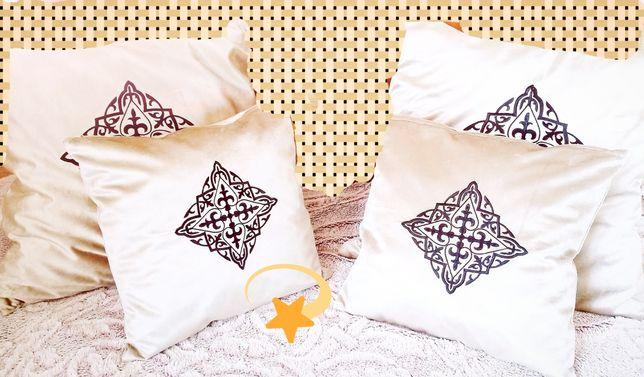 Подушки декоративные, диванные с национальным орнаментом