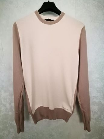 Продава се кашмирен пуловер Calvin Klein