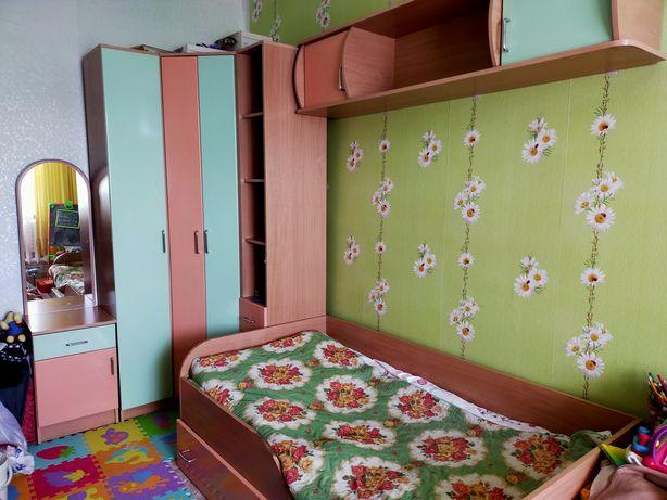 Срочно!!!детский спальный гарнитур 60000