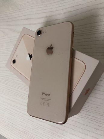 Айфон 8 доки корбка