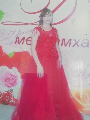 Платье, один раз одевали
