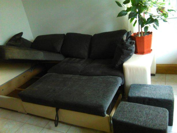Canapea tip colțar
