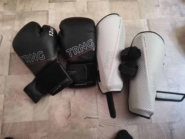 Mănuși de box. Tibiere pentru box + 2 bandaje de 4,5 metri