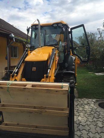 Inchiriez buldoexcavator JCB 3cx
