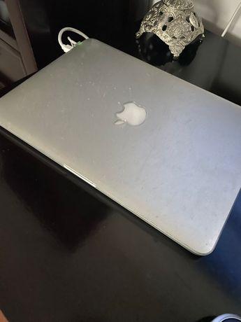 macbook pro 2015-  2000 lei urgent