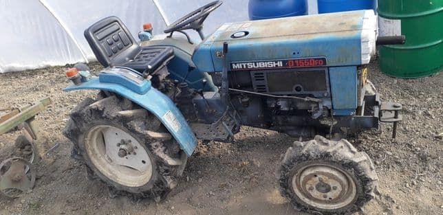 vand tractoras japonez