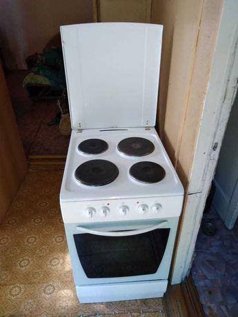 Продам электро плиту HANSA