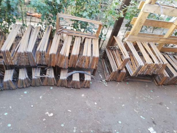 Etrieri stâlpi casa gard 12 pe 12 din fier striat de 8mm grinda 15 20