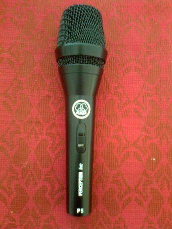 vind microfon cu fir akg P5s