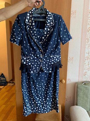 Продам новое женское платье с жакетом