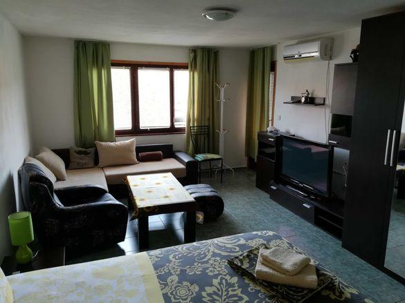 Апартамент Ривиера в Черноморец