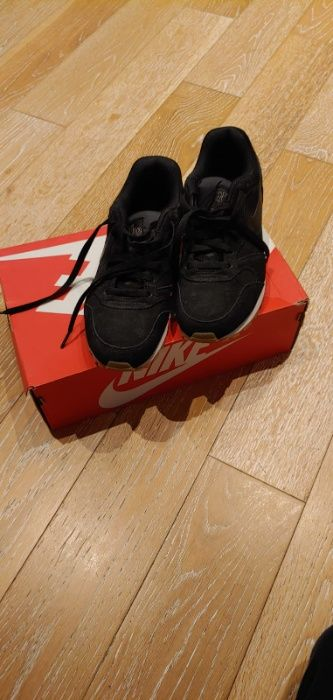Pantofi sport Nike Bucuresti - imagine 1