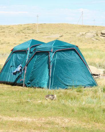 Палатка-огромная, высокая, 4 двери.(москитная сетка).