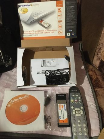 Цифров ТВ Тунер AverTV Hybrid ExpressCard34
