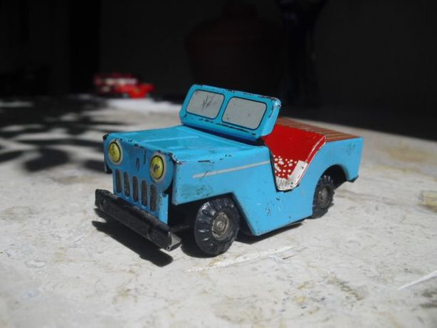 Vintage 1960's Jeep Tin Toy Car - China