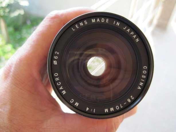 Obiectiv Cosina 28-70mm 1:4