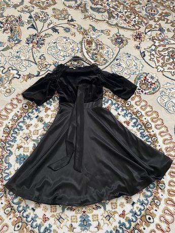 Продам элегантное черное бархатное платье