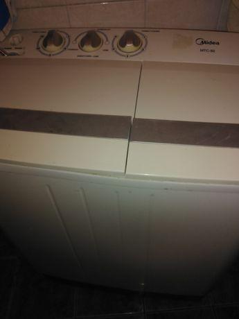 Продам стиральную машину в хорошем состоянии полуавтомат