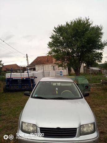 Vând Volkswagen Bora