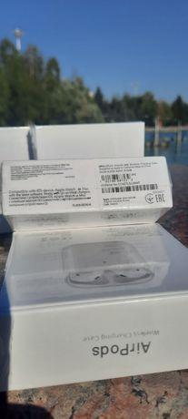 AirPods 2 поколения, новые Wireless Charging Case