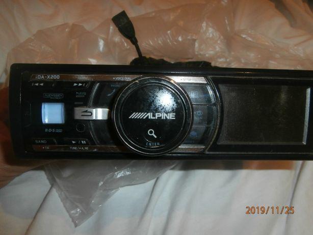 Radio CD auto Alpine IDA-X200