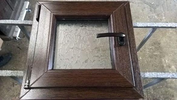 Прозорец за баня, пвц прозорец 50х50 венге