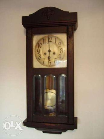 Продавам голям кабинетен немски часовник