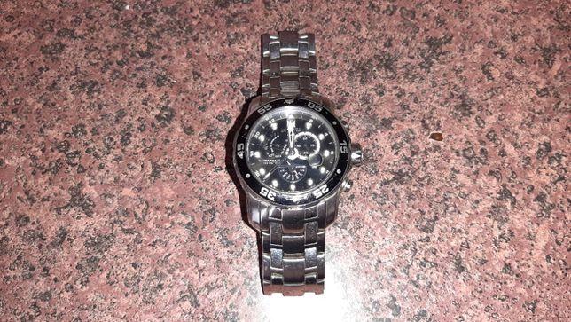 Часы INVICTA 6086