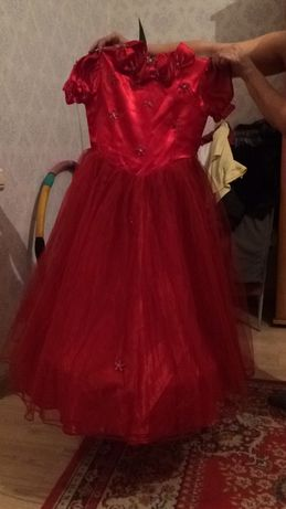 Платье на 8-12 лет