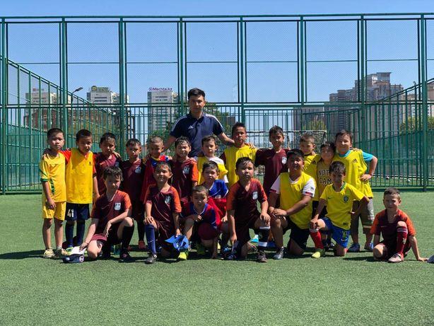 Школа футбола для детей. Тренировки по футболу.