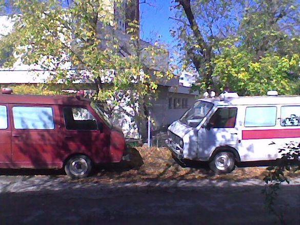 1Продавам части за бус Латвия:кардан,ресьори,кормилна кутия