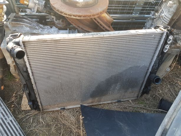 Radiator apa , radiator aer BMW e90 e91 e92 e93